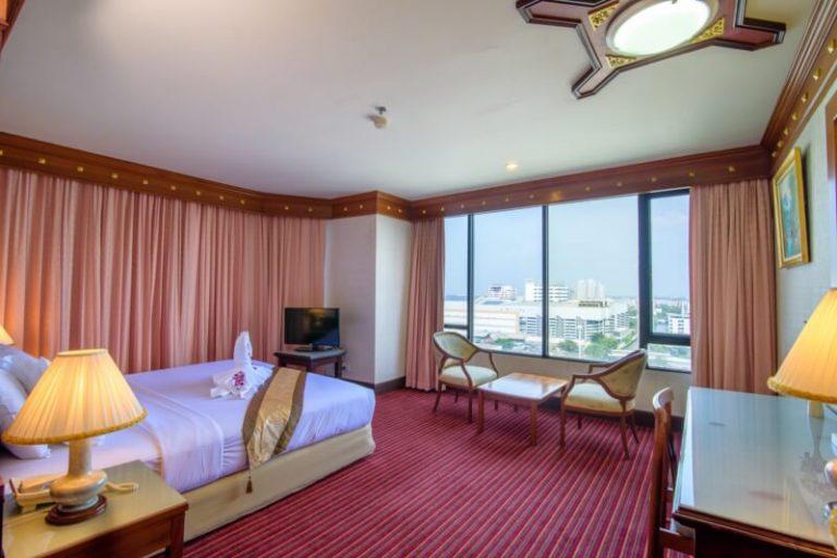 Alexander Hotel Bangkok : Executive Deluxe